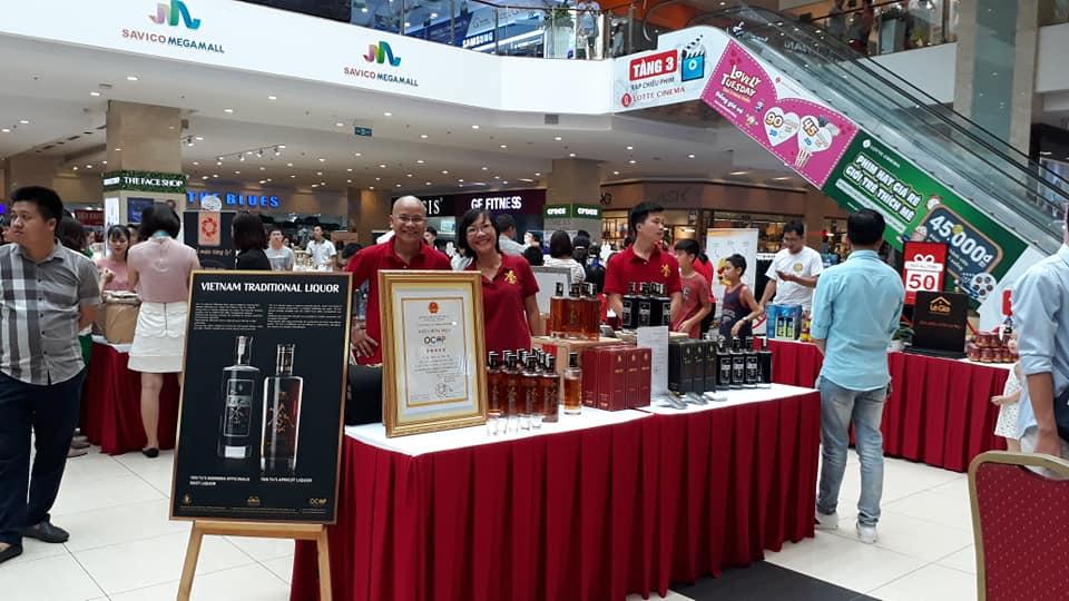 Tham dự hội chợ tại đại siêu thị Savico Long Biên