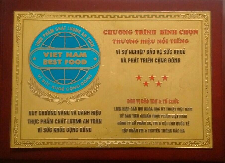 Huy chương vàng và danh hiệu thực phẩm chất lượng an toàn vì sức khỏe cộng đồng